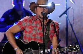 Jason Aldean throws his kinda party at UMass
