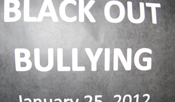 LHS participates in Black Out Bullying Day