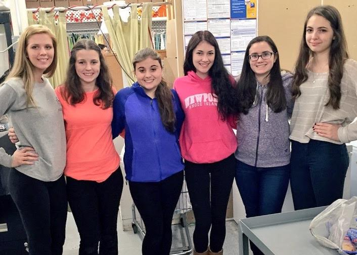 Interact club girls volunteer time at Survival Center