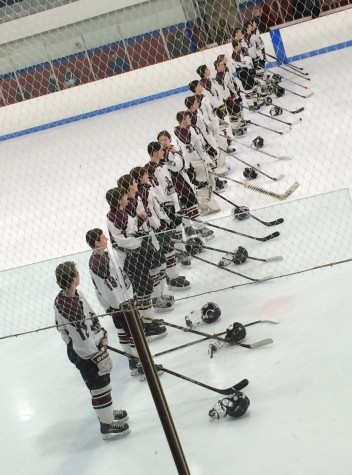Boys Hockey wraps up their season