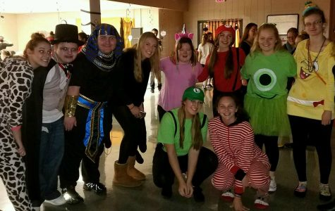 Best Buddies Club Holds Their Annual Halloween Dance