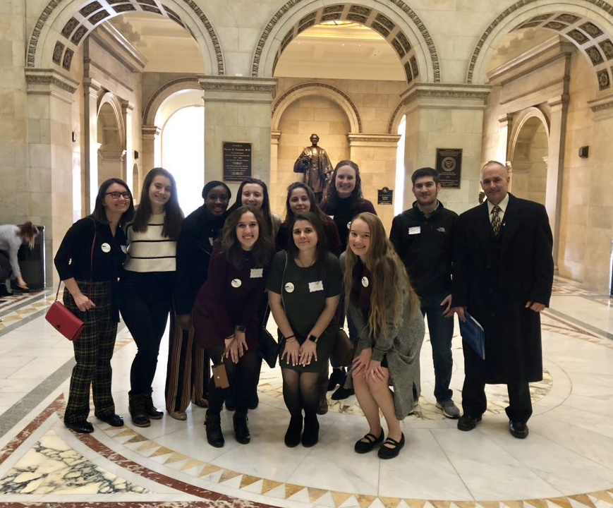 AP English students visit State House