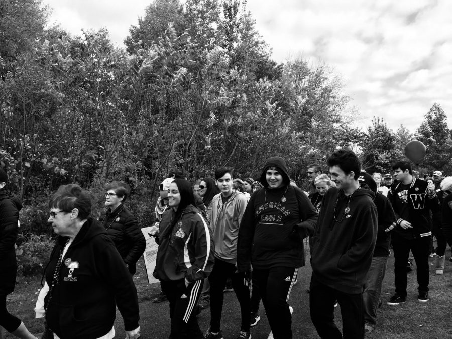 LHS Portuguese Club Participates in Out of the Darkness Walk
